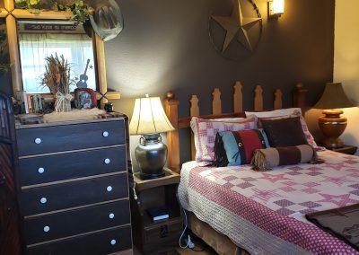 foster-lake-resort-cowboy-suite